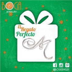 El regalo perfecto en esta Navidad nuestras Iniciales en plata, pídenos tu letra y la tendremos en una semana. Encuéntranos en el centro comercial San Marino. #bogalovers #bogajewelry #sanmarino