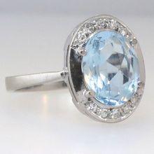 Understated Elegant 1940's Aquamarine & Diamond Ring 18k