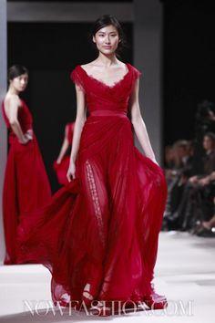 NOWFASHION: Real Time Fashion News, Photography Streaming and Live Fashion Shows