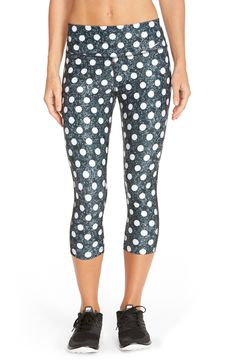 Crushing on these Nike polka dot capris that are perfect for working out.