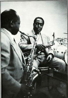 Charlie Parker, Coleman Hawkins - two hombres indeed! Jazz Artists, Jazz Musicians, Jazz Blues, Blues Music, Trombone, Jazz Players, Saxophone Players, Singing Classes, Coleman Hawkins