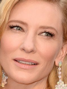 Found! The exact makeup Cate Blanchett was wearing at the 2014 Academy Awards: http://beautyeditor.ca/2014/03/05/cate-blanchett-academy-awards-2014/
