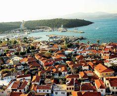 Cittaslow/Seferihisar/ İzmir/// Seferihisar, İzmir'in güneybatısında ve Ege Bölgesi'nde yer almaktadır. Seferihisar, Cumhuriyet öncesinde 1884 yılında ilçe olmuştur.