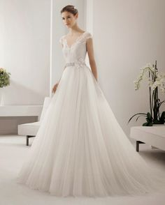 10 vestidos de novia románticos para tu boda