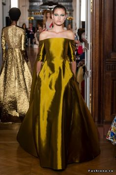 Valentino Haute Couture Осень-Зима 2018-2019