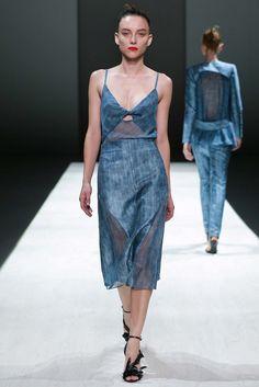 Bianca Spender Australia Spring 2015 Fashion Show
