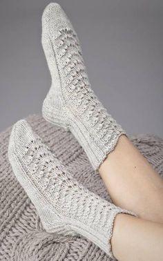 Lovely socks by Novita. Diy Crochet And Knitting, Knitted Slippers, Knitting Charts, Crochet Slippers, Knitting Socks, Free Knitting, Baby Knitting, Knitting Patterns, Lace Socks