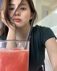 For some people, the word lolly is just too disgusting to ever exist. Korean Beauty Girls, Korean Girl Fashion, Ulzzang Fashion, Asian Beauty, Ulzzang Korean Girl, Cute Korean Girl, Asian Girl, Korean Photography, Girl Korea
