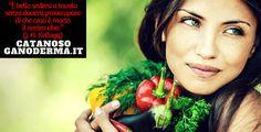 Le proprietà dell' alimentazione vegetale sono confermate dalla scienza. Il mondo medico conferma che mangiare vegano e vegetariano fà bene alla salute dell' uomo, dell' ambiente e degli animali. Ricordiamo quanti personaggi famosi hanno scelto di mangiare cibo vegetale. Leggi questo articolo tutto da scoprire.