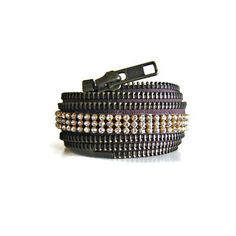 Zipper cuff with rhinestones in brown