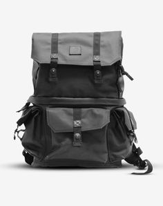 ALPHA PRO – Langly Camera bags- I have a birthday AND Christmas coming up. *hint hint wink wink* The black is the best color