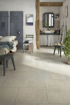Add character with the Belvedere Sand Porcelain floor tile. This porcelain stone effect tile has an antique-look and subtly textured surface. Faux Wood Flooring, Best Flooring, Stone Flooring, Stone Kitchen Floor, Installing Tile Floor, Ceramic Floor Tiles, Porcelain Tiles, Mandarin Stone, Ideas