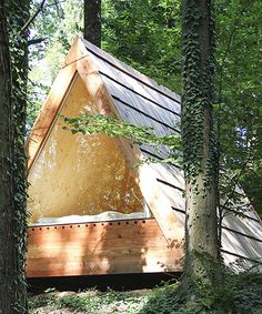 lushna builds triangular cabins to experience nature in slovenia