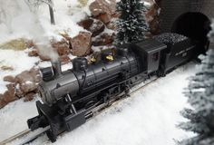 Find It Locally  http://mthtrains.com/30-1658-1 Now arriving the MTH RailKing O Gauge Alaska 0-6-0 item 30-1658-1. The RailKing 0-6-0 operates on O-31 curves and this 2015 model has a MSRP of $429.95. Ask your MTH Dealer about a RailKIng Imperial Alaska 0-6-0 today. For more detail on this item click on the link above and Find It Locally.