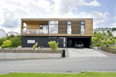 ONV-Bolig, danskt design hus från Willa Nordic #arkitektritat #danskdesign #willanordic Prefab Homes, Cabana, Home Fashion, Modern Architecture, Interior And Exterior, Villa, Shipping Containers, Mansions, House Styles