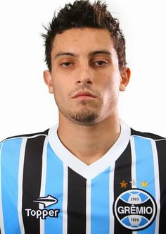 Alex Telles, Topper, Soccer Players, 1, Porto, Soccer, Football Players, Soccer Guys