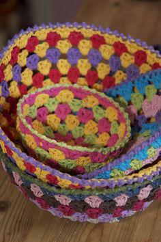 Love these baskets! Crochet - tutorial
