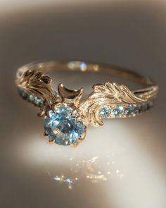 by nora sermez Cute Rings, Pretty Rings, Unique Rings, Beautiful Rings, Unique Wedding Rings, Blue Wedding Rings, Aquamarine Wedding Rings, Unique Vintage Rings, Non Diamond Wedding Rings