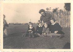 Photograph Snapshot Vintage Black and White Family Girls Boy Yard 1930'S | eBay