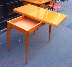 Table en bois vernis - Plateau tournant - 1950