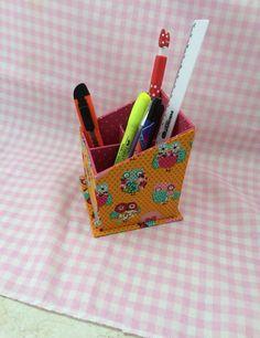 Porta lápis com divisória