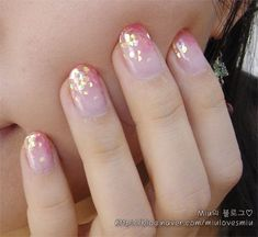 Extend style to your fingertips with the help of nail art designs. Donned by fashion-forward personalities, these types of nail designs will add instant glamour to your apparel. Korean Nail Art, Korean Nails, Korean Art, Pretty Nail Art, Beautiful Nail Art, Fabulous Nails, Gorgeous Nails, Toe Nail Art, Toe Nails