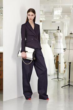 3fe0ab813f5d Chic and Silk  GET INSPIRED  Ψηλόμεσο παντελόνι! Τι να επιλέξετε πως να το  φορέσετε