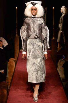 Thom Browne Fall 2014 Ready-to-Wear Collection - Vogue Runway Fashion, Fashion Show, Fashion Design, Nyc Fashion, Fashion Weeks, Fashion Fall, Catty Noir, Conceptual Fashion, Fashion Lighting