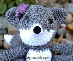 Over The Apple Tree: Feeling Foxy #crochet