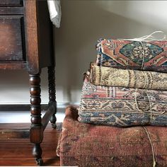 Check Out Some Of My Favorite Places To Swoon Over Vintage Rugs A Way