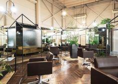 Japanese architect Takehiko Nez was asked to revisit the interior of Vision Atelier, a hair salon - Retailand Retail Design