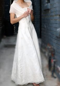 Philippine modern Maria Clara, strapless long gown, A-line with delicate panuelo. Filipiniana Wedding Theme, Modern Filipiniana Dress, Maria Clara Dress Philippines, Bridal Gowns, Wedding Gowns, Filipino Wedding, Filipino Fashion, Tagalog, Wedding Inspiration