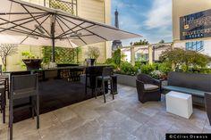 Terrasse d'été du Shangri-La Paris L'adresse: 10 Avenue d'Iéna, 76016 Paris