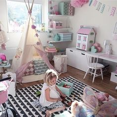 Love the tent and the table/size-appropriate chest for toys to sit on Little Girl Bedrooms, Big Girl Rooms, Baby Bedroom, Girls Bedroom, Trendy Bedroom, Bedroom Ideas, Toy Rooms, Kids Room Design, Kid Spaces