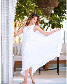 Erica Fernandes, Bollywood, Cover Up, White Dress, Dresses, Stars, Fashion, Vestidos, Moda