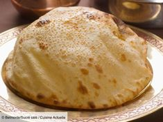 Indian cheese naans - recipes - Discover our easy and quick recipe for Indian Naans with cheese on Cuisine Actuelle! Cheese Nan, Cheese Dishes, Krups Prep Cook, Indian Cheese, Beste Burger, Comida India, Indian Food Recipes, Ethnic Recipes, Chocolate Banana Bread