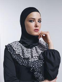 Kalite ve detay, şifon yaka, su tutmaz haşema www.mayovera.com ,mayovera,mayovera2015koleksiyonu,haşema,haşemamodelleri,haşemafiyatları,tasarımtesettürmayo,tesettürmayo,tamkapalımayo,burkini,islamicswimwear,muslimswimwear,hijabstyle,hijabfriendlyswimwear