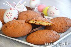 Cookies con Cioccolato al latte e Philadelphia (come riciclare le Uova di Pasqua) Philadelphia, Hamburger, Latte, Muffin, Eggs, Bread, Cooking, Breakfast, Magic