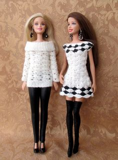 Barbie is looking good (well, maybe she needs to buy a new handbag) :o Barbie Knitting Patterns, Knitting Dolls Clothes, Barbie Clothes Patterns, Crochet Barbie Clothes, Doll Clothes Barbie, Barbie Dress, Dress Patterns, Barbie Doll, Habit Barbie