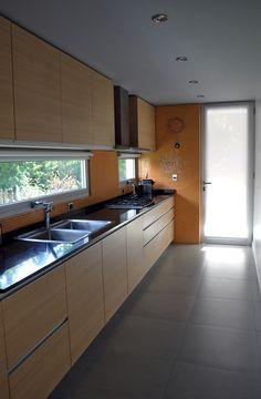 21 Modern Kitchen Concepts Every Residence Cook Demands to See Kitchen Sink Design, Kitchen Cabinet Styles, Modern Kitchen Design, Interior Design Kitchen, Kitchen Decor, Kitchen Sets, Kitchen Colors, Kitchen Layout, Kitchen Modular