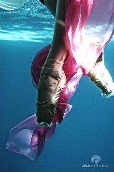 Ballet acuático (by Leo Espinosa)