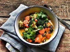 Zeller, Fruit Soup, Just Eat It, Vegan Soups, Minion, Thai Red Curry, Beans, Diet, Vegetables