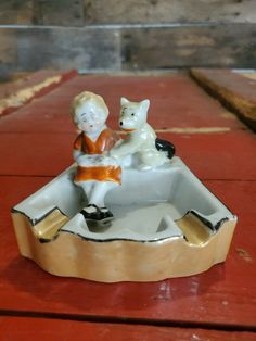 Vintage Ashtray, Miniture Things, Orphan, Famous Artists, Kitsch, Annie, 1930s, Mint, Ethnic Recipes