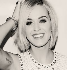 Katy's blonde-ness in black and white!