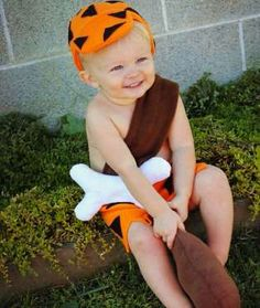 Yabba dabba do! Is someone back from prehistoric times? This Bam-Bam costume would be adorable for a... - Mom.me
