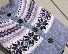 Bilderesultat for nancy kofte Knitted Hats, Knitting, Fashion, Moda, Tricot, Fashion Styles, Breien, Stricken, Weaving