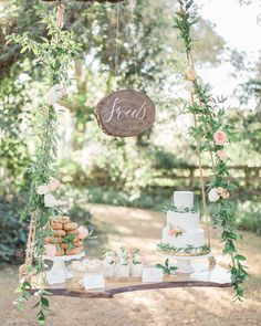 Southern Garden Chic 결혼식 아이디어 - Another! Whimsical Wedding, Chic Wedding, Rustic Wedding, Farm Wedding, Wedding Couples, Garden Wedding, Wedding Blog, Wedding Reception, Hanging Table
