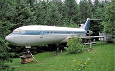 Airplane Homes - Houses Made From Airplanes | Strange Houses & Weird Homes