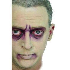 Men's zombie makeup