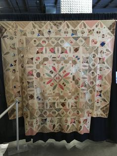 Absolutely worth the trip to beautiful Vermont (how have I never been to the Vermont Quilt Festival before now? these amazing a. Old Quilts, Antique Quilts, Vintage Quilts, Baby Quilts, Quilt Festival, Wabi Sabi, Vermont, Japanese Quilts, Civil War Quilts
